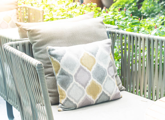 fade proof outdoor cushions